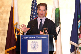 Georgetown University in Qatar Hosts Acclaimed International Journalist Peter Bergen